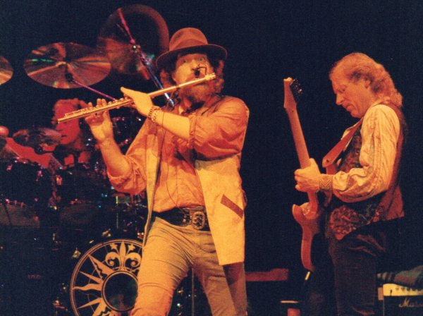 jethro-tull-1990