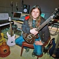 Rafael Bittencourt Guitarrista Do Angra Lança Disco Solo Em Outubro