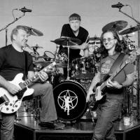 Rush: Sairam Nesta Segunda Os Boxes 'Sector' Com 15 Álbuns Da Banda