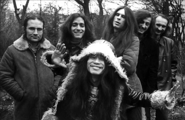 Com o CAN em 1971